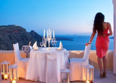 santorini romantic dinner
