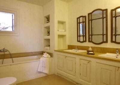 Tinos Premium Villa Three Bedroom With Swimming Pool 150m2 (1)
