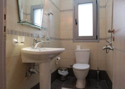 BLUE wc-groudfloor